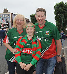 Making the journey to Croker for the final Caroline, Avril and Tom McLoughlin from Rosturk Mulranny Co Mayo.<br />