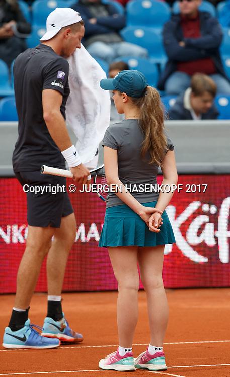 BMW Open 2017,Ballmaedchen, Ballkinder,<br /> <br /> Tennis - BMW Open 2017 -  ATP  -  MTTC Iphitos - Munich -  - Germany  - 3 May 2017.