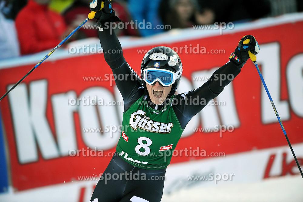 28.12.2013, Hochstein, Lienz, AUT, FIS Weltcup Ski Alpin, Lienz, Riesentorlauf, Damen, 2. Durchgang, im Bild Nadia Fanchini (ITA) // Nadia Fanchini (ITA) during the 2nd run of ladies giant slalom Lienz FIS Ski Alpine World Cup at Hochstein in Lienz, Austria on 2013/12/28. EXPA Pictures © 2013, PhotoCredit: EXPA/ Erich Spiess