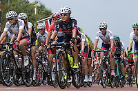 LONDON UK 30TH JULY 2016:  The Mall and Buckingham Palace. The Prudential RideLondon Classique elite womens' race. Prudential RideLondon in London 30th July 2016<br /> <br /> Photo: Neil Turner/Silverhub for Prudential RideLondon<br /> <br /> Prudential RideLondon is the world's greatest festival of cycling, involving 95,000+ cyclists – from Olympic champions to a free family fun ride - riding in events over closed roads in London and Surrey over the weekend of 29th to 31st July 2016. <br /> <br /> See www.PrudentialRideLondon.co.uk for more.<br /> <br /> For further information: media@londonmarathonevents.co.uk