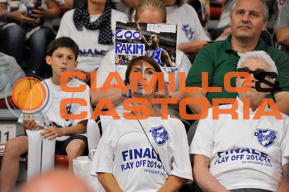 DESCRIZIONE : Campionato 2014/15 Serie A Beko Dinamo Banco di Sardegna Sassari - Grissin Bon Reggio Emilia Finale Playoff Gara3<br /> GIOCATORE : Tifosi Pubblico Spettatori<br /> CATEGORIA : Tifosi Pubblico Spettatori<br /> SQUADRA : Dinamo Banco di Sardegna Sassari<br /> EVENTO : LegaBasket Serie A Beko 2014/2015<br /> GARA : Dinamo Banco di Sardegna Sassari - Grissin Bon Reggio Emilia Finale Playoff Gara3<br /> DATA : 18/06/2015<br /> SPORT : Pallacanestro <br /> AUTORE : Agenzia Ciamillo-Castoria/C.Atzori