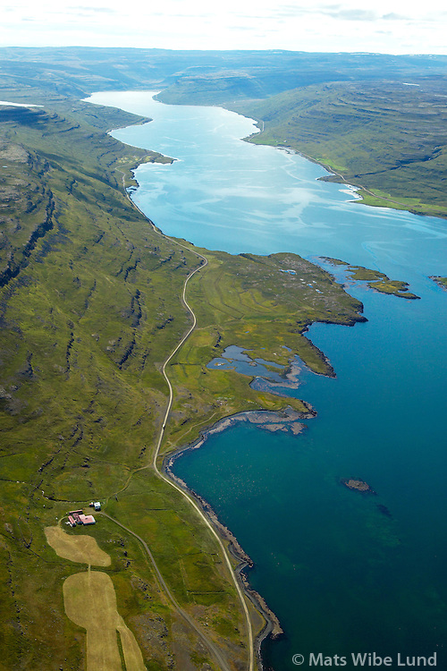 Skálavík, Mjóifjörður séð til suðurs, Súðavíkurhreppur áður Reykjarfjarðarhreppur / Skalavik in Mjoifjordur viewing south, Sudavikurhreppur former Reykjarfjardarhreppur