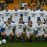 St Johnstone players show their support to the Hands Off PRI campaign by wearing T-Shirts before their game v Falkirk kicked off on Saturday.Pictured back from left, Eddie Malone, Paul Bernard, Mixu Paatelainen, Darren Dods, Chris Hay, Ryan Stevenson, Simon Donnelly...and<br />