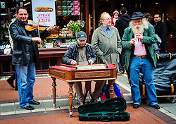 Street performers in Dublin<br /> <br /> (c) Andrew Wilson | Edinburgh Elite media