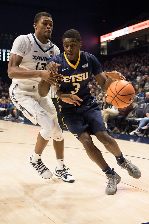 December 16, 2017 - Cincinatti, Ohio - Cintas Center: ETSU guard Bo Hodges (3)<br /> <br /> Image Credit: Kevin Schultz