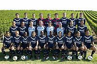 Fotball<br /> Frankrike 2003/2004<br /> Foto: Digitalsport<br /> NORWAY ONLY<br /> <br /> FOOTBALL - FRENCH CHAMPIONSHIP L1 -  2003/2004 - GIRONDINS BORDEAUX PRESENTATION - 030917 - BORDEAUX TEAM (1ST ROW LEFT TO RIGHT : PAULO COSTA / ALEXEI KOSSONOGOV / PASCAL FEINDOUNO / BRUNO BASTO / PAULO MIRANDA / JEAN CLAUDE DARCHEVILLE / FRANCK JURIETTI / MARCO CANEIRA / ALBERT CELADES / MARC PLANUS . 2ND ROW : EDUARDO COSTA / DEIVID / ERIC BEDOUET (PHYS COACH) / DOMINIQUE DROPSY (GOAL KEEPER COACH) / ELIE BAUP (COACH) / PIERRE LABAT (ASS COACH) / MAURICIO POCHETTINO / MAROUANE CHAMAKH ; 3RD ROW : DAVID JEMMALI / NICOLAS SAHNOUN / MATHIEU BEDA / FREDERIC ROUX / ULRICH RAME / MATTHIEU VALVERDE / IVAN VUKOMANOVIC / HERVE ALICARTE / ALBERT RIERA )  - PHOTO DOMINIQUE LE LANN