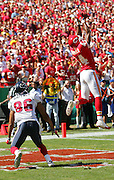 KANSAS CITY, MO - SEPTEMBER 26:  Cornerback Eric Warfield #44 of the Kansas City Chiefs intercepts a pass in the end zone to stop a drive on a pass intended for wide receiver Jabar Gaffney #86 of the Houston Texans at Arrowhead Stadium on September 26, 2004 in Kansas City, Missouri. The Texans defeated the Chiefs 24-21. ©Paul Anthony Spinelli *** Local Caption *** Eric Warfield, Jabar Gaffney