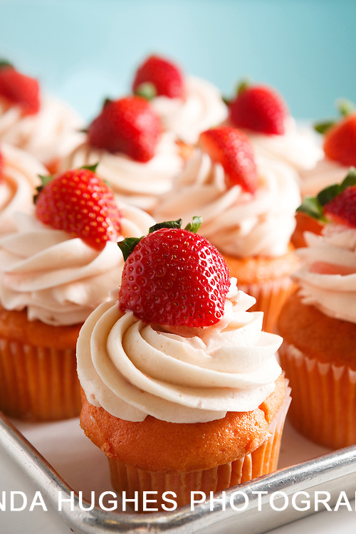 Homemade Vanilla Cupcakes with Strawberries