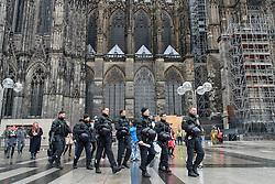 23.02.2017, Koeln, GER, Karneval, Weiberfastnacht, im Bild Polizisten am Dom // during Women's Night of Cologne Carnival 2017. Koeln, Germany on 2017/02/23. EXPA Pictures © 2017, PhotoCredit: EXPA/ Eibner-Pressefoto/ Schueler<br /> <br /> *****ATTENTION - OUT of GER*****