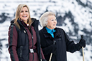 Fotosessie met de koninklijke familie in Lech /// Photoshoot with the Dutch royal family in Lech .<br /> <br />   Prinses Beatrix en Koningin Maxima  /////   Princess Beatrix and Queen Maxima