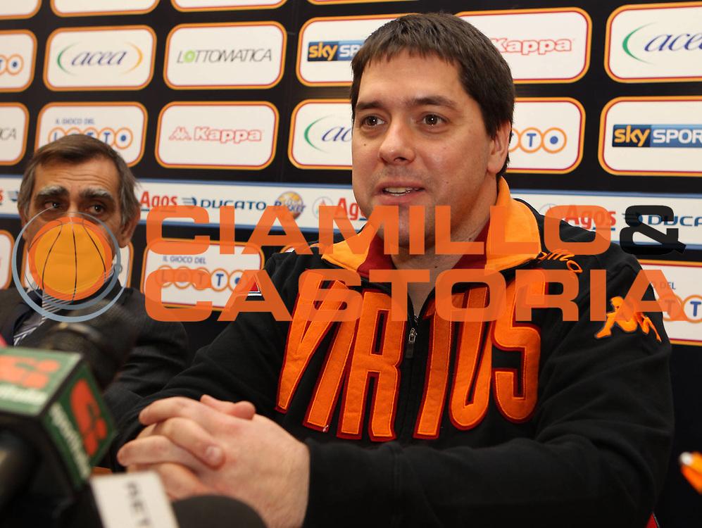 DESCRIZIONE : Roma Lega A 2010-11 Presentazione nuovo allenatore Lottomatica Virtus Roma<br /> GIOCATORE : Claudio Toti Saso Filipovski<br /> SQUADRA : Lottomatica Virtus Roma<br /> EVENTO : Campionato Lega A 2010-2011 <br /> GARA :<br /> DATA : 13/01/2011<br /> CATEGORIA : coach presentazione conferenza<br /> SPORT : Pallacanestro <br /> AUTORE : Agenzia Ciamillo-Castoria/ElioCastoria<br /> Galleria : Lega Basket A 2010-2011 <br /> Fotonotizia : Roma Lega A 2010-11 Presentazione nuovo allenatore Lottomatica Virtus Roma<br /> Predefinita :