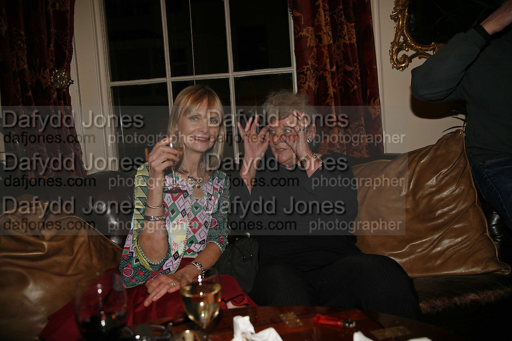 JAN DE VILLENEUVE AND JOY PAUL, Sir Peter Blake and Poppy De Villeneuve host a party with University of the Arts London at the Arts Club, Dover Street, London. 20 APRIL 2006<br />