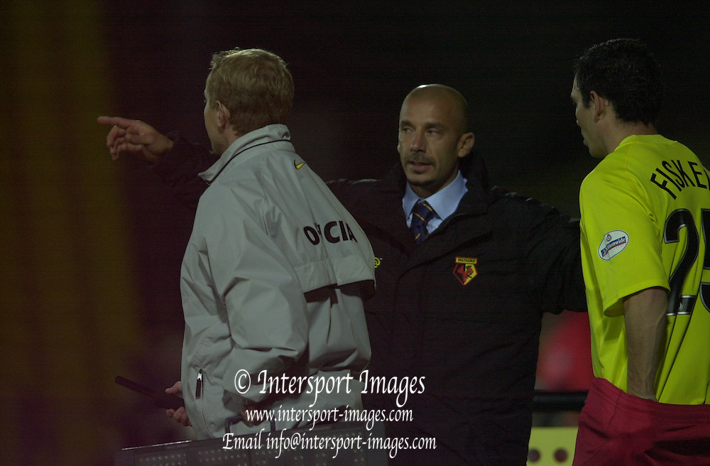 Peter Spurrier Sports  Photo.email pictures@rowingpics.com.Tel 44 (0) 7973 819 551..Worthington Cup Third Round..Watford v Bradford City.Tuesday 9/10 2001.Gianluca Vialli, passes on his instructions to substitute, Gary Fisken.