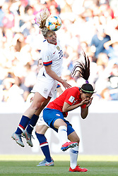 2019?6?17?.   ???????????——F??????????.    6?16?? ???????·???????????????????????.   ?????????????????2019??????????F??????????3?0??????.   ?????????..SP-FRANCE-PARIS-FIFA WOMEN'S WORLD CUP-GROUP F-USA-CHILE.(1906017) -- PARIS, June 17, 2019  Allie Long (top) of the United States jumps for a ball against Daniela Zamora () of Chile during the Group F match between the United States and Chile at the 2019 FIFA Women's World Cup in Parc des Princes in Paris, France, June 16, 2019.  The United States won 3-0. (Credit Image: © Xinhua via ZUMA Wire)