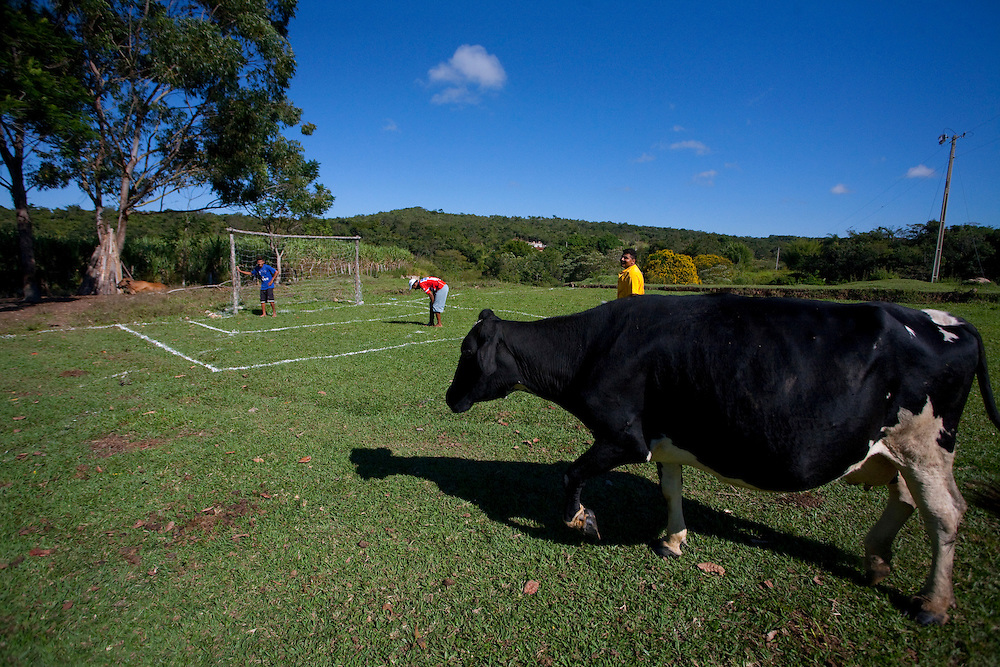 Esmeraldas_MG, Brasil...Campo de futebol na comunidade rural da Laginha em Esmeraldas, Minas Gerais...A soccer field in the rural community Laginha in Esmeraldas, Minas Gerais. ..Foto: JOAO MARCOS ROSA / NITRO