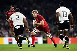 Joe Launchbury of England in possession - Mandatory byline: Patrick Khachfe/JMP - 07966 386802 - 18/09/2015 - RUGBY UNION - Twickenham Stadium - London, England - England v Fiji - Rugby World Cup 2015 Pool A.