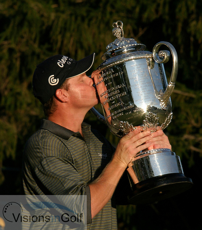 Chad Campbell tee shot<br />2003 PGA Championship at Oak Hill GC, Rochester NY<br />Sunday, August 17  Rnd 4<br />Photos: Michael Cohen<br /><br />Shaun Micheel with the trophy