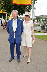 CHARLES GORDON-WATSON and KATE REARDON at day 3 of the Qatar Glorious Goodwood Festival at Goodwood Racecourse, Chechester, West Sussex on 28th July 2016.