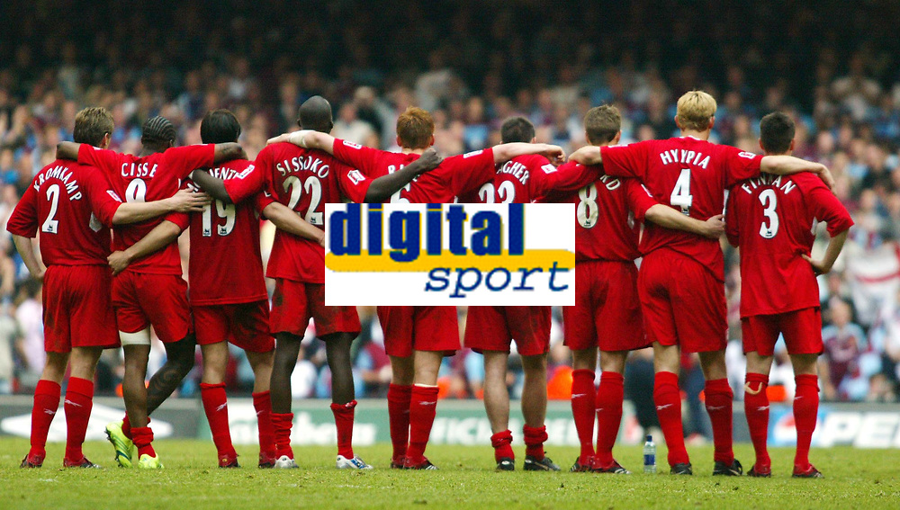 Photo: Chris Ratcliffe.<br />Liverpool v West Ham United. The FA Cup Final. 13/05/2006.<br />Liverpool team stick together through the penalty shoot out.