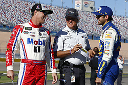 September 14, 2018 - Las Vegas, Nevada, United States of America - Kevin Harvick (4) and Chase Elliott (9) hang out on pit road before qualifying for the South Point 400 at Las Vegas Motor Speedway in Las Vegas, Nevada. (Credit Image: © Chris Owens Asp Inc/ASP via ZUMA Wire)