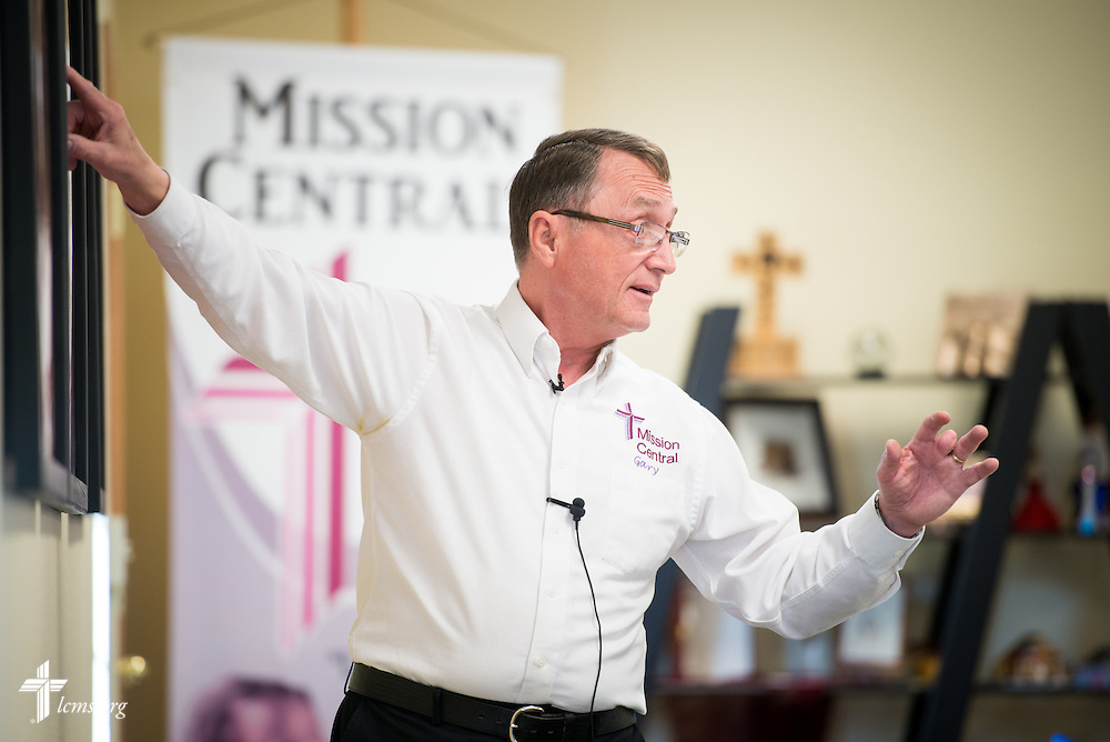 Gary Thies leads a presentation at Mission Central on Thursday, April 23, 2015, in Mapleton, Iowa. LCMS Communications/Erik M. Lunsford