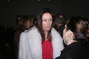 Trisha Simonon. Chemical Life Support opening, White Cube. 3 March 2005. ONE TIME USE ONLY - DO NOT ARCHIVE  © Copyright Photograph by Dafydd Jones 66 Stockwell Park Rd. London SW9 0DA Tel 020 7733 0108 www.dafjones.com