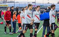 AMSTELVEEN - Teleurstelling bij Amsterdam met in het midden Boris Burkhardt (Adam)   na de competitie hoofdklasse hockeywedstrijd mannen, Amsterdam- Den Bosch (2-3).  . COPYRIGHT KOEN SUYK