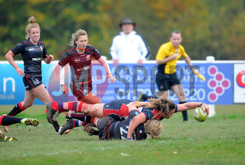 Sarah Bern of Bristol Ladies scores a try against Saracens Women - Mandatory by-line: Paul Knight/JMP - 30/10/2016 - RUGBY - Cleve RFC - Bristol, England - Bristol Ladies v Saracens Women - RFU Women's Premiership