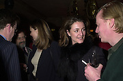 Kate Power and Charles de Lisle. Robert Hardman Telegraph goodbye party. Paparazzi Cafe. Hanover St. London W1. 11 January 2000. © Copyright Photograph by Dafydd Jones 66 Stockwell Park Rd. London SW9 0DA Tel 020 7733 0108 www.dafjones.com