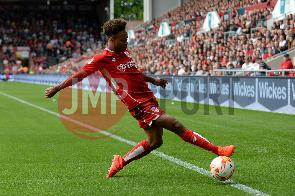 Bobby Reid of Bristol City attempts to keep the ball in - Mandatory by-line: Dougie Allward/JMP - 17/09/2016 - FOOTBALL - Ashton Gate Stadium - Bristol, England - Bristol City v Derby County - Sky Bet Championship