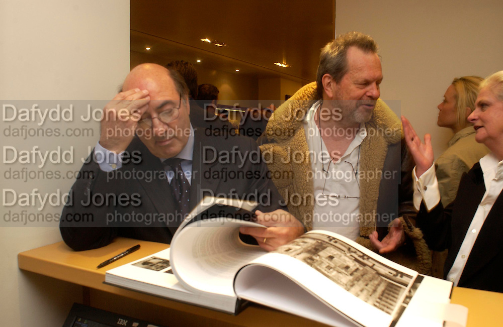 Dante Ferretti and Terry Gillian. Tod's hosts Book signing with Dante Ferretti celebrating the launch of 'Ferretti,- The art of production design' by Dante Ferretti. tod's, Old Bond St. 19 April 2005.  ONE TIME USE ONLY - DO NOT ARCHIVE  © Copyright Photograph by Dafydd Jones 66 Stockwell Park Rd. London SW9 0DA Tel 020 7733 0108 www.dafjones.com