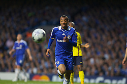 LONDON, ENGLAND - Wednesday, May 6, 2009: Chelsea's Ashley Cole in action against Barcelona during the UEFA Champions League Semi-Final 2nd Leg match at Stamford Bridge. (Photo by Carlo Baroncini/Propaganda)