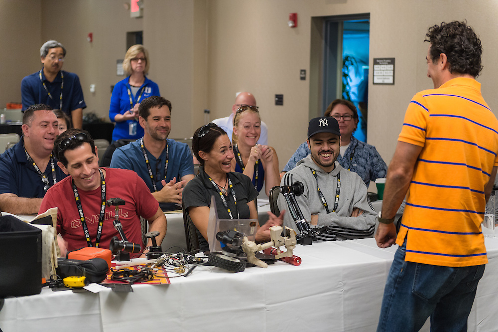 Matt Brown provides remote camera insight to Sports Shooter Academy 13 participants on November 3, 2016 in Costa Mesa, California.  ©2016 Michael Der / Sports Shooter Academy 13 Behind the Scenes with the cast and crew of Sports Shooter Academy.