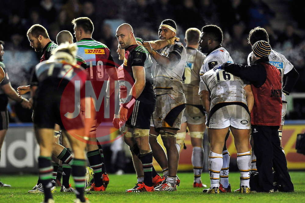 Tempers flare between the forwards of both sides - Photo mandatory by-line: Patrick Khachfe/JMP - Mobile: 07966 386802 17/01/2015 - SPORT - RUGBY UNION - London - The Twickenham Stoop - Harlequins v Wasps - European Rugby Champions Cup