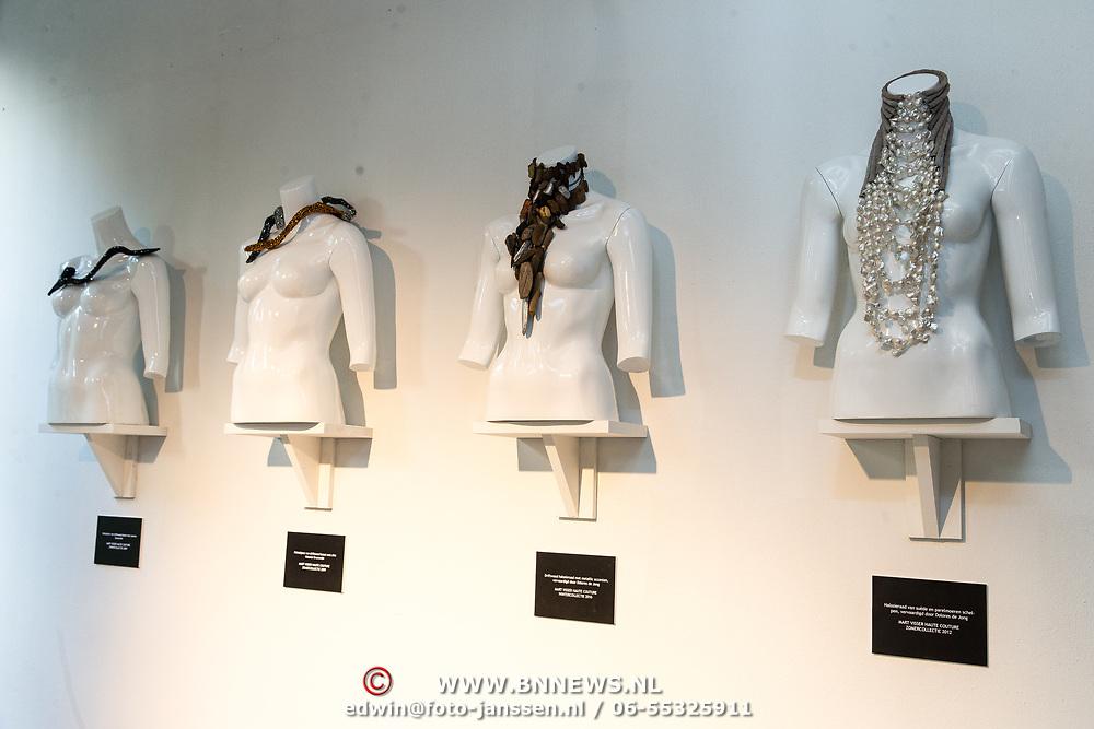 NLD/Amsterdam/20170920 - Mart Visser 20 jaar mode - The Artesia, Kunst van Mart Visser