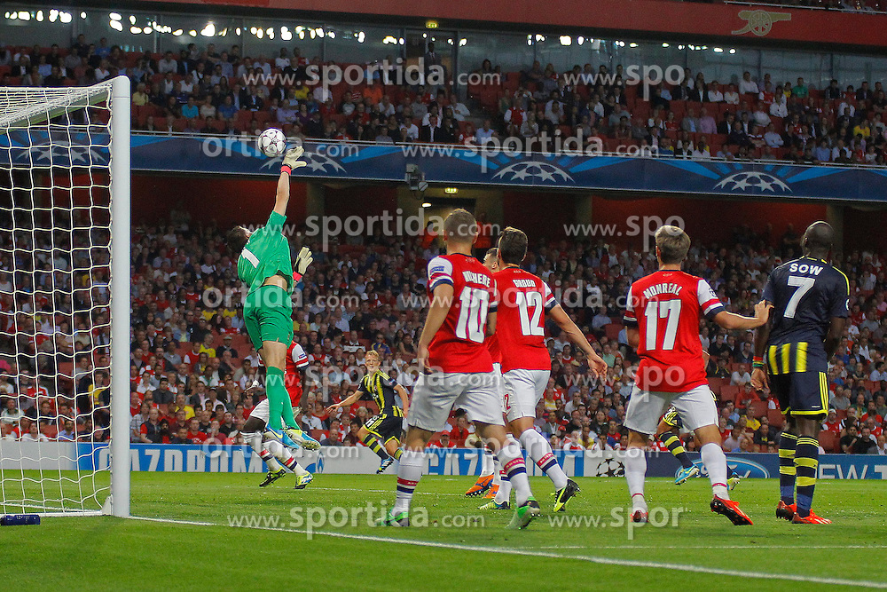 27.08.2013, Emirates Stadion, London, ENG, UEFA CL Qualifikation, FC Arsenal vs Fenerbahce Istanbul, Rueckspiel, im Bild Arsenal's Wojciech Szczesny attempts to clear a crossed ball during the UEFA Champions League Qualifier second leg match between FC Arsenal and Fenerbahce Istanbul at the Emirates Stadium, United Kingdom on 2013/08/27. EXPA Pictures © 2013, PhotoCredit: EXPA/ Mitchell Gunn<br /> <br /> ***** ATTENTION - OUT OF GBR *****