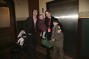 Danny Goffey, Beatrix and Pearl Lowe.  Cirque de Soleil Premiere of Alegr'a. Royal Albert Hall. London. 5 January 2006.  -DO NOT ARCHIVE-© Copyright Photograph by Dafydd Jones. 248 Clapham Rd. London SW9 0PZ. Tel 0207 820 0771. www.dafjones.com.
