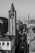 Italy. Venice elevated view. SAN BARNABA canal and church , CARMES church and the rooftops.  Venice - Italy  view from CA REZONICO  palace / le canal et l eglise SAN BARNABA , l eglise des CARMES et LES TOITS  Venise - Italie vue depuis la CA REZONICO palais