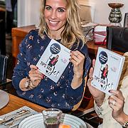 NLD/Amsterdam/20170109 - boekpresentatie Jet van Nieuwkerk - Tips van Jet, Vivian Reijs