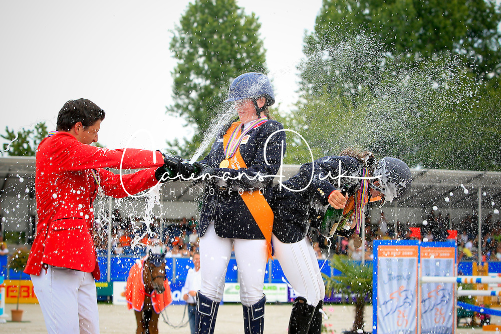 1 Scudamore Cartan (GBR)<br /> 2 Philippaerts Nicola (BEL)<br /> 3 Isoardi Valentina (ITA)<br /> European championship Juniors<br /> Hoofddorp - Zeeland 2009<br /> Photo© Dirk Caremans