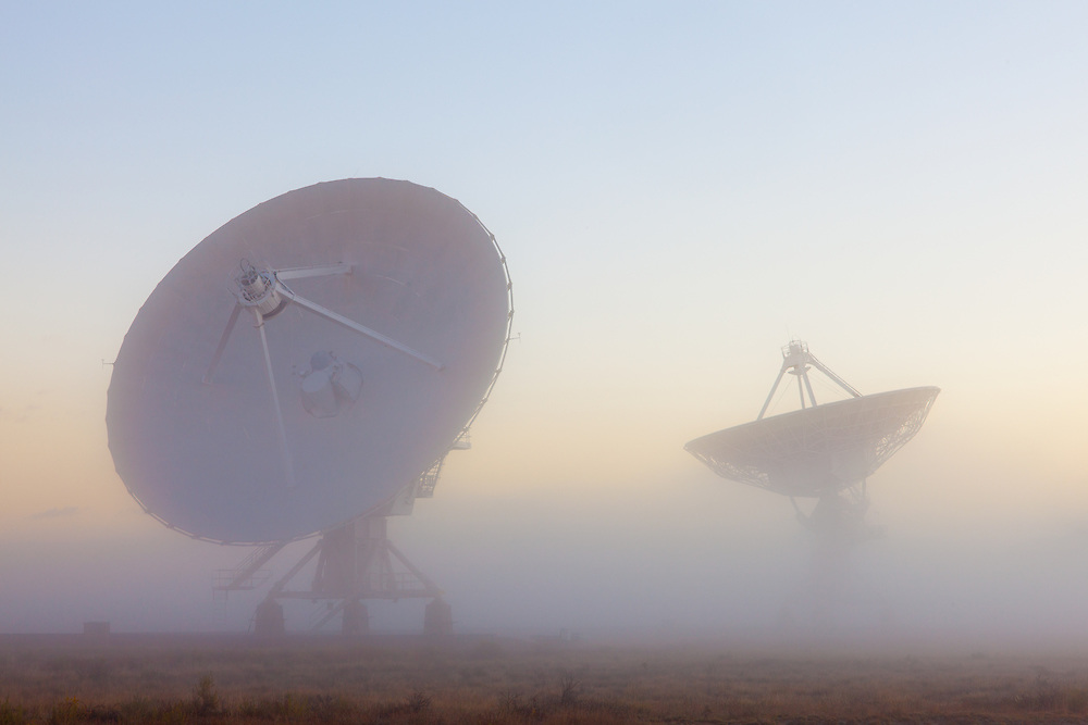 The Very Large Array in Fog (VLA)