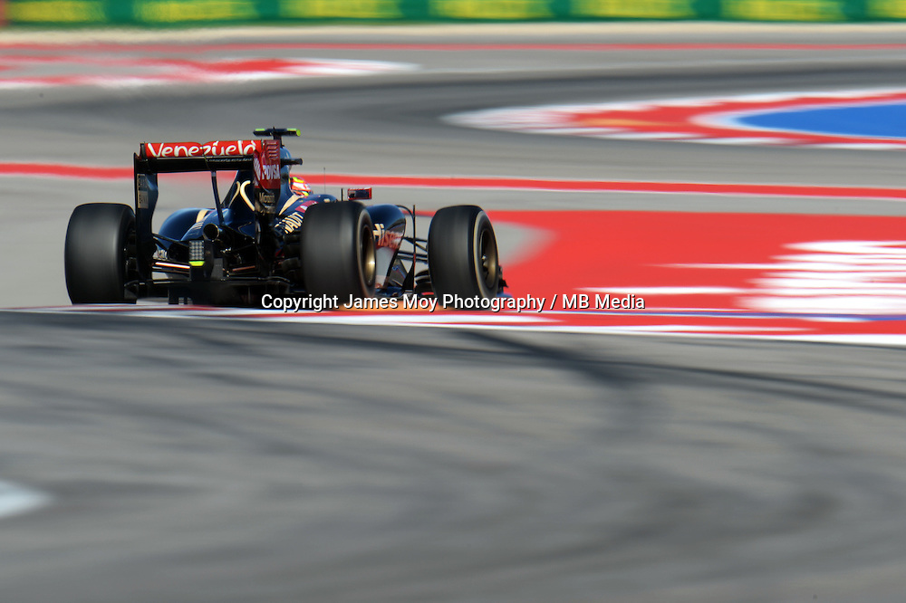 Pastor Maldonado (VEN) Lotus F1 E21.<br /> United States Grand Prix, Friday 31st October 2014. Circuit of the Americas, Austin, Texas, USA.