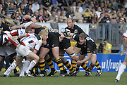 Wycombe, GREAT BRITAIN,  Lawrence DALLAGLIO,  looks over the scrum, during the Guinness Premieship match, London Wasps vs Saracens  at the Adams  Stadium, England, on Sun 08.04.2007  [Photo, Peter Spurrier/Intersport-images]