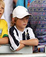 Photo: Chris Ratcliffe.<br /> England v Ecuador. 2nd Round, FIFA World Cup 2006. 25/06/2006.<br /> Where's Michael OWen.