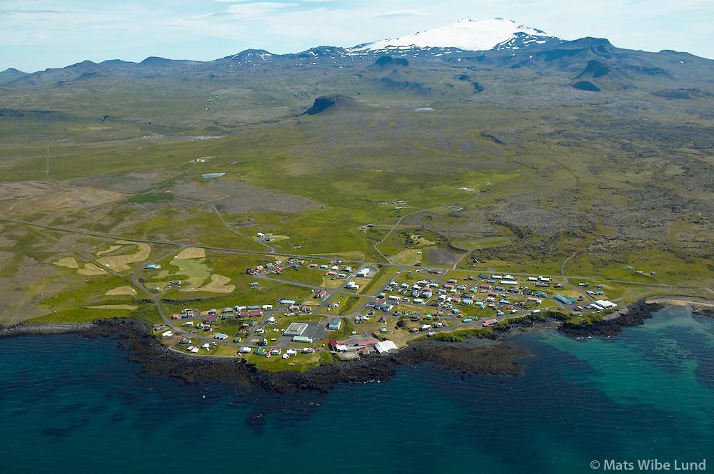 Hellissandur séð til súðurs, Snæfellsjökull, Snæfellsbær. / Hellissandur viewing south, Snaefellsjokull glacier, Snaefellsbaer.