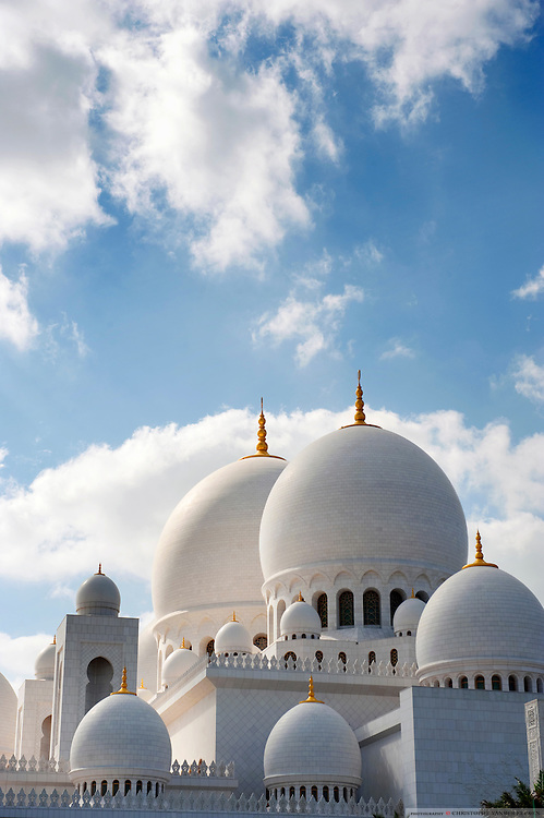 Abu Dhabi, UAE, Feb 8, 2010, Abu Dhabi Grand Mosque. PHOTO©Christophe Vander Eecken