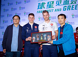 NANNING, CHINA - Saturday, March 24, 2018: Czech Republic's Tomáš Kalas and Lukáš Masopust are presented with a gift by Chinese supporters during a meet & greet event at the Nanning Wanda Mall during the 2018 Gree China Cup International Football Championship. (Pic by David Rawcliffe/Propaganda)