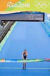 20.08.2016, Fort Copacabana, Rio de Janeiro, BRA, Rio 2016, Olympische Sommerspiele, Triathlon, Damen, im Bild Gwen Jorgensen (USA, Goldmedaille) // goldmedalist Gwen Jorgensen of the USA during the Womens Triathlon of the Rio 2016 Olympic Summer Games at the Fort Copacabana in Rio de Janeiro, Brazil on 2016/08/20. EXPA Pictures © 2016, PhotoCredit: EXPA/ Johann Groder