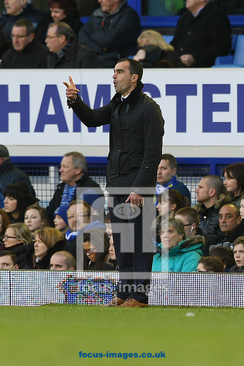Picture by Paul Chesterton/Focus Images Ltd +44 7904 640267<br /> 11/01/2014<br /> Everton Manager Roberto Martinez during the Barclays Premier League match at Goodison Park, Liverpool.