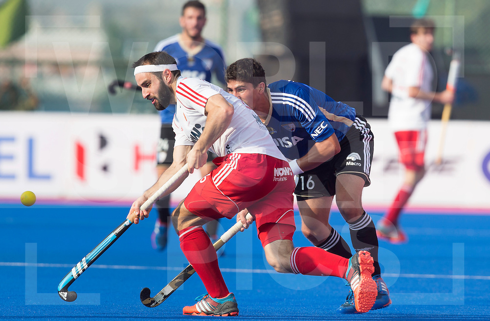 BHUBANESWAR (India) -  Hero Champions Trophy hockey men. match place 5-8. England vs Argentina (1-2). Chris Griffiths of England and  Ignacio Ortiz of Argentina. Photo Koen Suyk